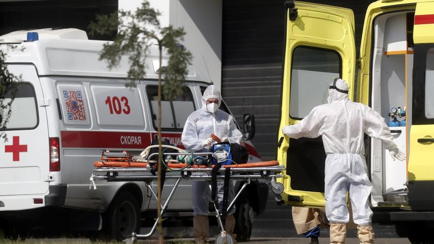 Rusia suma 791 muertes por covid, nuevo máximo por tercer día consecutivo