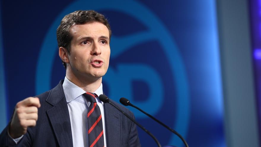 """Casado afirma que la posición de Rivera sobre el 155 es """"compatible"""" con la de Rajoy y Sánchez y espera que haya acuerdo"""