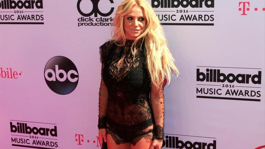 """Britney Spears lanza """"Make me"""", primer avance de su noveno álbum de estudio"""