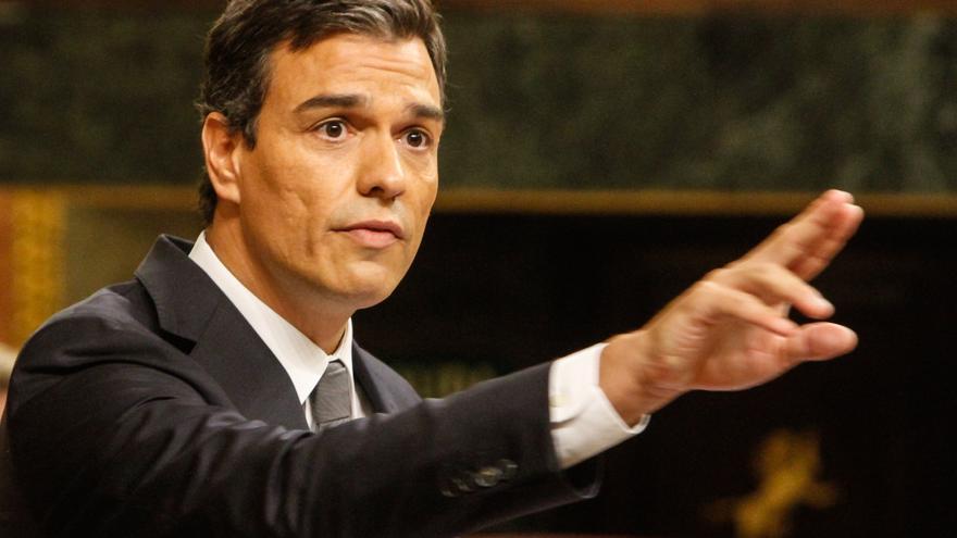 Sánchez en su discurso en la sesión de investidura de Rajoy. Foto: Jon Barandica.
