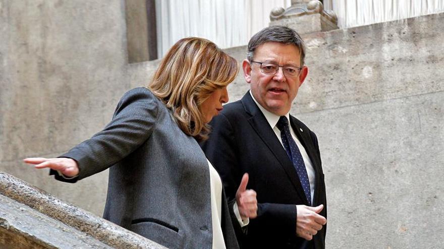 La presidenta andalusa, Susana Díaz, amb el cap del Consell, Ximo Puig