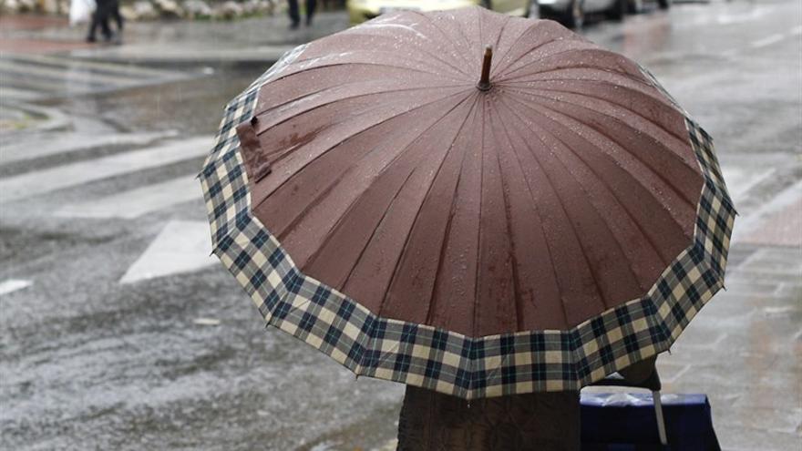 Aviso amarillo en Canarias por lluvia y fenómenos costeros