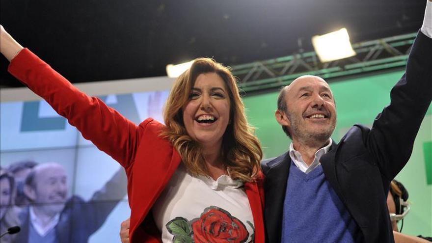 """Rubalcaba destaca el """"poderío"""" y la firmeza de Susana Díaz"""