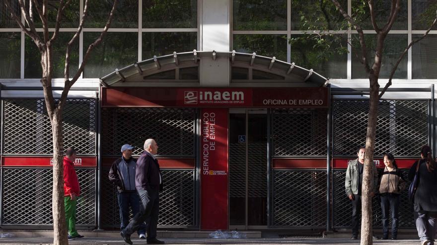 Oficina del Instituto Aragonés de Empleo en Zaragoza. Foto: Juan Manzanara