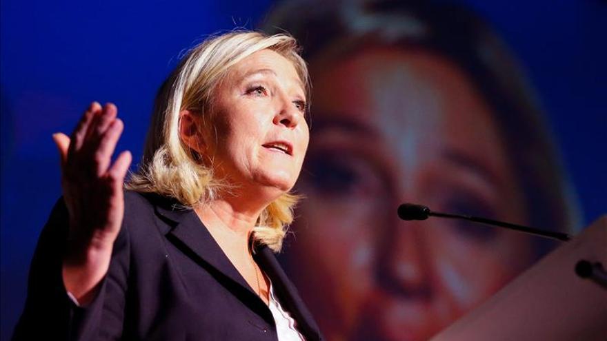 Marine Le Pen pide que Francia deje de acoger a inmigrantes de inmediato