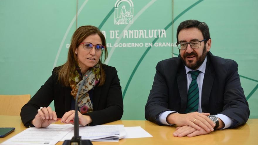 Granadinos en riesgo de exclusión realizarán trabajos medioambientales gracias a convenio entre Junta y Caixa