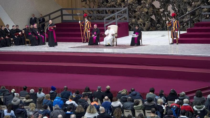 El papa expresa su preocupación y pide que se respete el estatus de Jerusalén