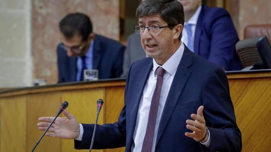 La Junta de Andalucía no renovará a los no colegiados de las unidades de violencia de género