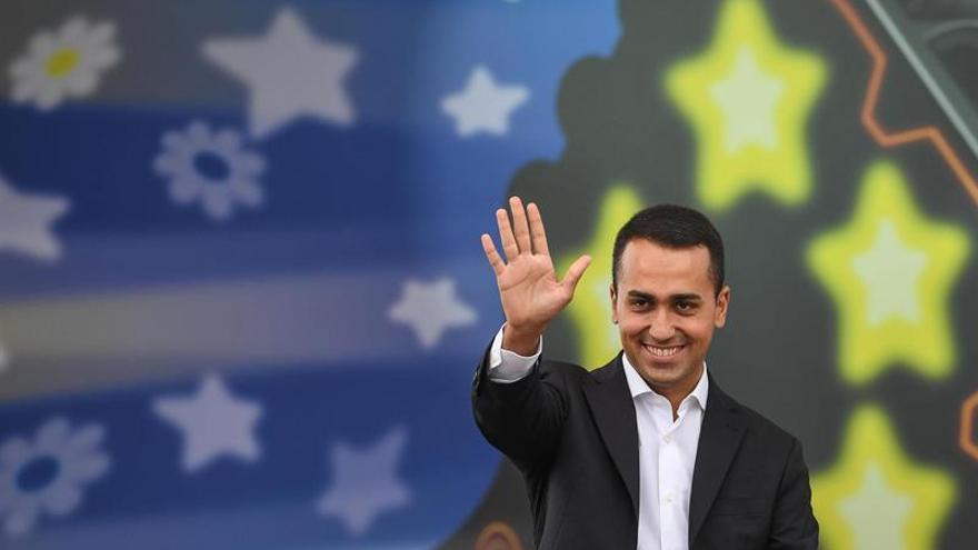 El M5S lidera la intención de voto para las generales en Italia, según un sondeo