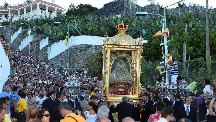 Imagen de archivo de la Bajada de la Virgen de las Nieves 2010.
