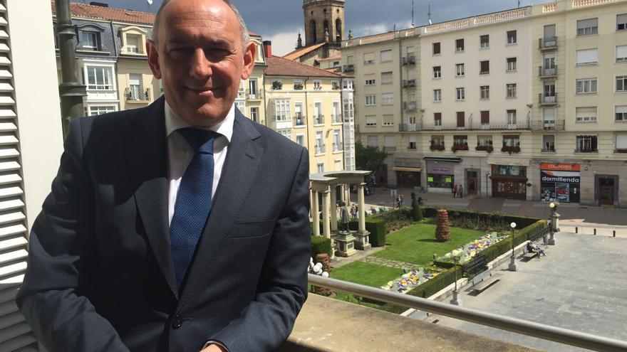 El diputado general de Álava, el peneuvista Ramiro González.