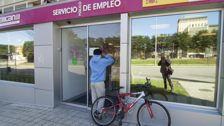 """Los sindicatos denuncian que el empleo es """"muy precario y de escasa duración""""   Joaquín Gómez Sastre."""