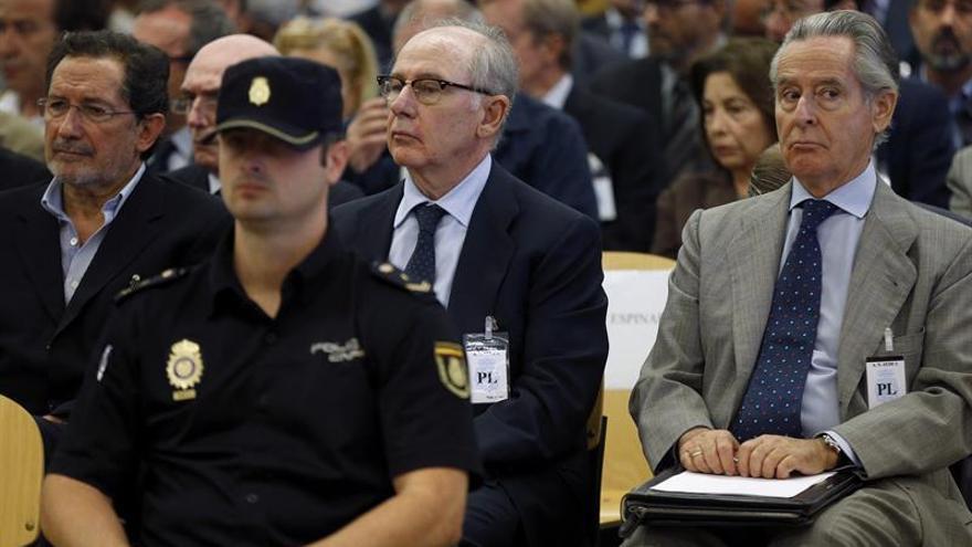 Los documentos aportados por Bankia desvelan que las tarjetas se quedaban cortas
