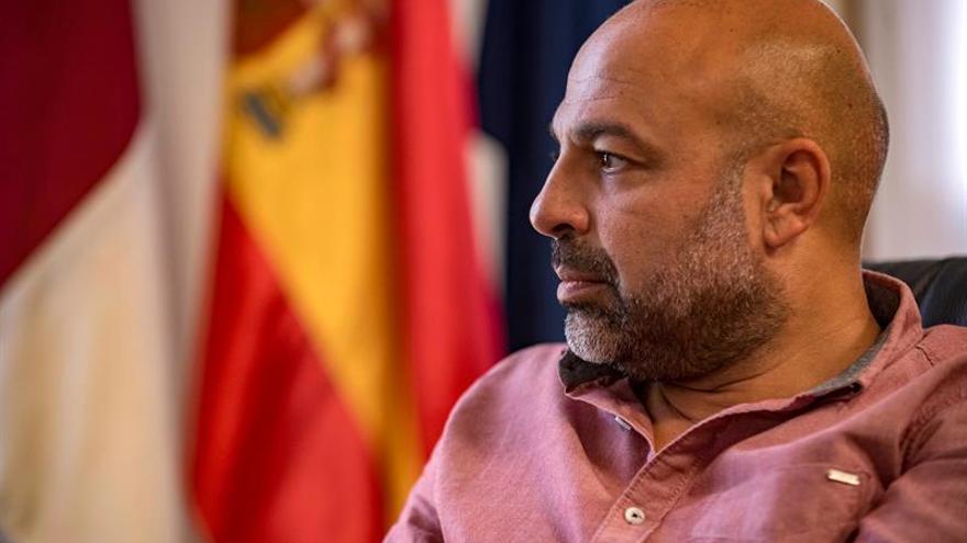 G.Molina dice que no representa al Gobierno de CLM al reunirse con Junqueras