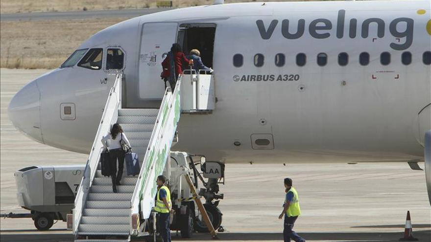 Vueling, aerolínea con más aumento de pasajeros de negocio, según un estudio
