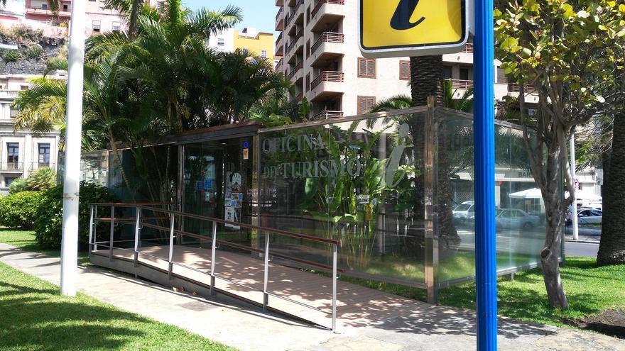 Oficina de turismo conocida como Casa de Cristal en la Plaza de la Constitución de Santa Cruz de La Palma.