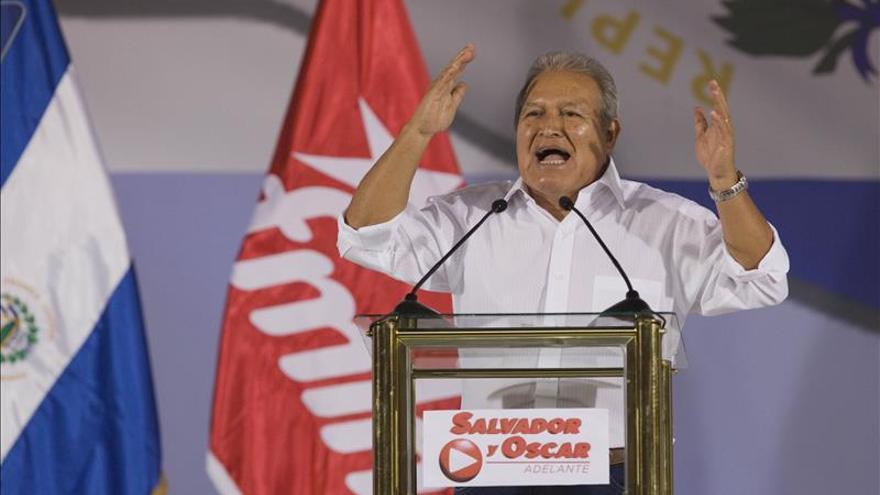 El Supremo salvadoreño rechaza los recursos contra el candidato oficialista y el opositor