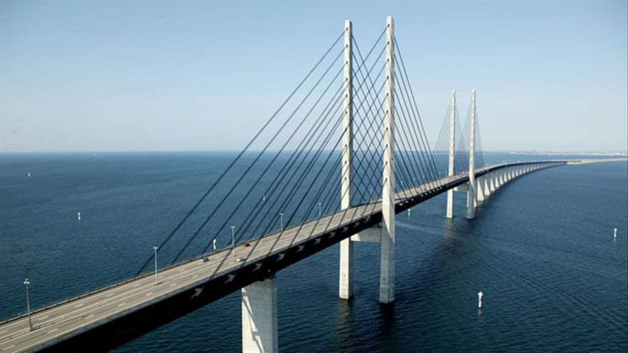 El puente Oresund, que une Copenhague (Dinamarca) y Malmö (Suecia)
