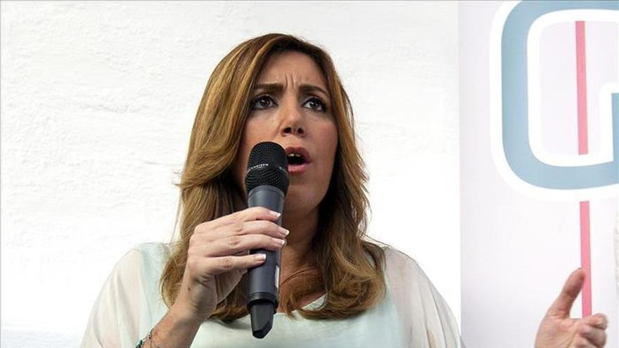 """Susana Díaz lamenta que """"los nuevos"""" tengan la misma actitud que la derecha"""