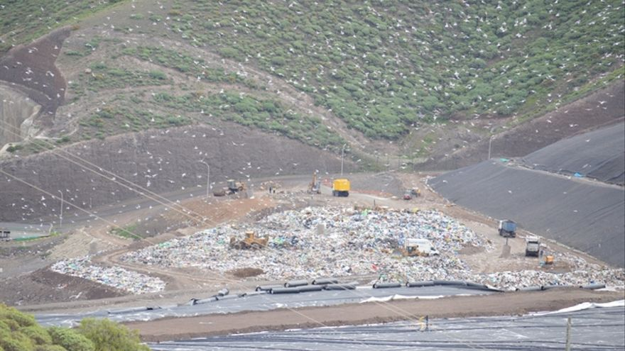 Vertedero de Salto del Negro. FOTO: Iago Otero Paz.