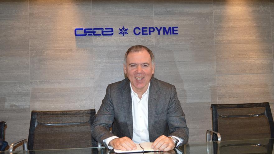 El empresario Lorenzo Vidal de la Peña asumió la dirección de la patronal cántabra en entero de este año.