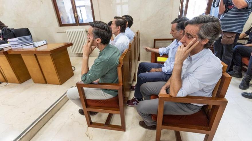 Suspenden hasta mañana el juicio por estafa a los hermanos Ruiz-Mateos