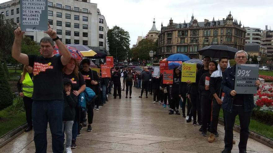 """Bilbao se suma a las marchas mundiales contra la trata de personas para sensibilizar sobre """"un problema que nos rodea"""""""