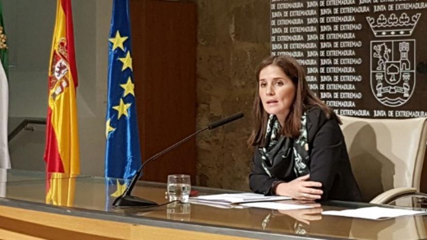 La portavoz de la Junta, Isabel Gil Rosiña, informa de los acuerdos del Consejo de Gobierno / Junta