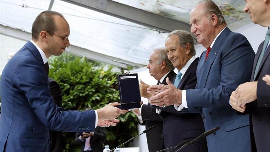Don Juan Carlos pide fomentar tolerancia y respeto para favorecer convivencia