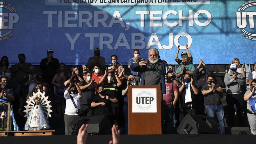 Las organizaciones sociales y políticas que componen la Unión de Trabajadores y Trabajadoras de la Economía Popular (UTEP) realizan el 7 de agosto  la tradicional marcha desde la Iglesia de San Cayetano, en Liniers, hasta Plaza de Mayo.