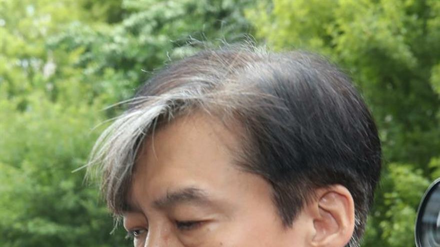 Piden una orden de arresto para un pariente del ministro de Justicia surcoreano