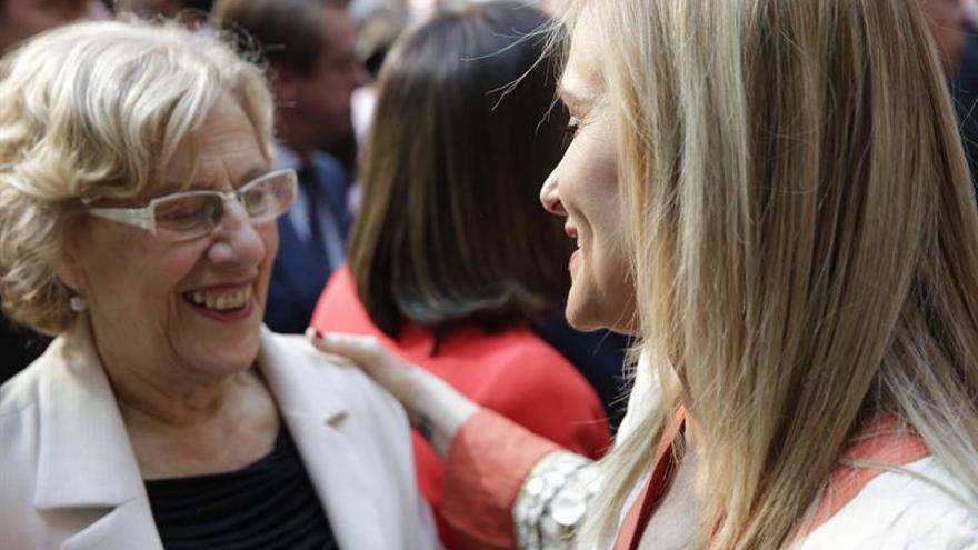 """Carmena pide a los partidos decir """"cómo hay que negociar"""" para tener Gobierno"""