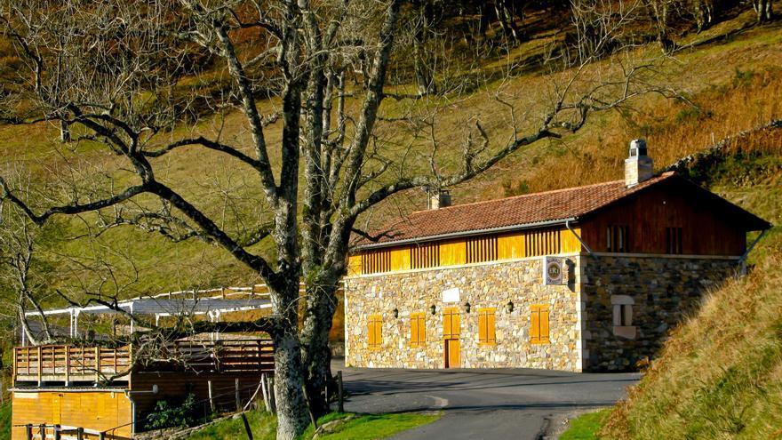 Refugio de Orisson, a medio camino del Puerto de Lepoeder, altura máxima de la primera etapa del Camino de Santiago.