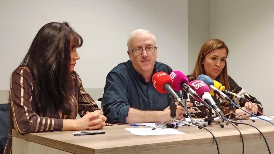 Rueda de prensa de la Plataforma Abierta de Guías Oficiales de Turismo de Castilla-La Mancha en Urbana 6 / Foto: toledodiario.es