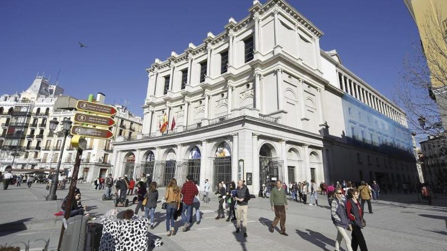 Fachada del Teatro Real de la Plaza de Oriente de Madrid.