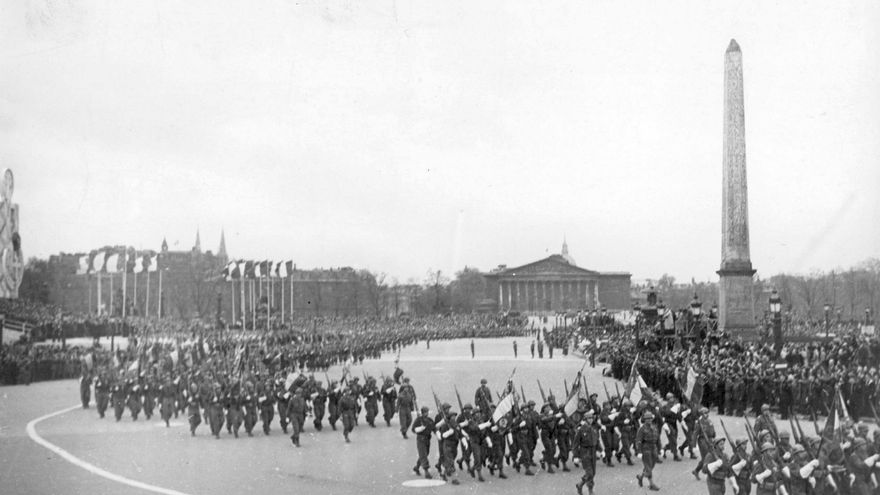 Desfile de la liberación de París en la Segunda Guerra Mundial / COLLECTION TUFAN \ EFE