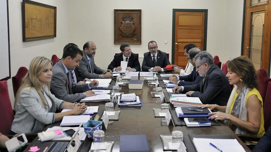 Gobierno de CLM cesa al viceconsejero relacionado con la planta de Chiloeches