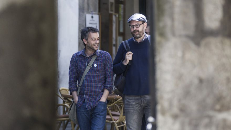 Xulio Ferreiro y Martiño Noriega durante la campaña de las municipales de 2015