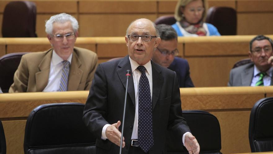 (Ampl.) El Consejo Fiscal cuestiona el proyecto de Montoro de publicitar condenas de defraudadores