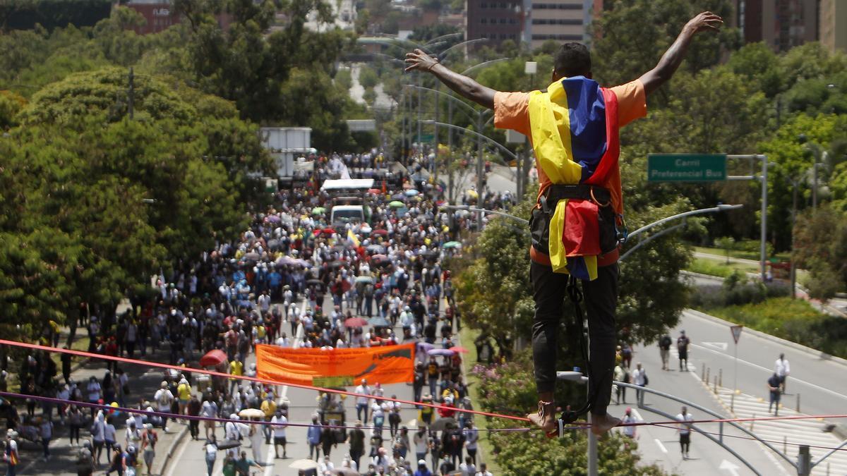 Imagen de archivo de la protesta de mayo en Medellín (Colombia). EFE/ Luis Eduardo Noriega A.
