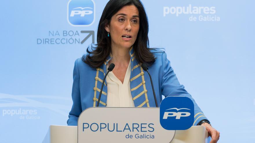 Paula Prado, anunciando su dimisión como portavoz del PP el pasado junio