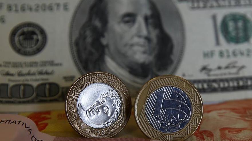 La economía de Brasil caerá un 3,49 %, según la previsión del mercado financiero