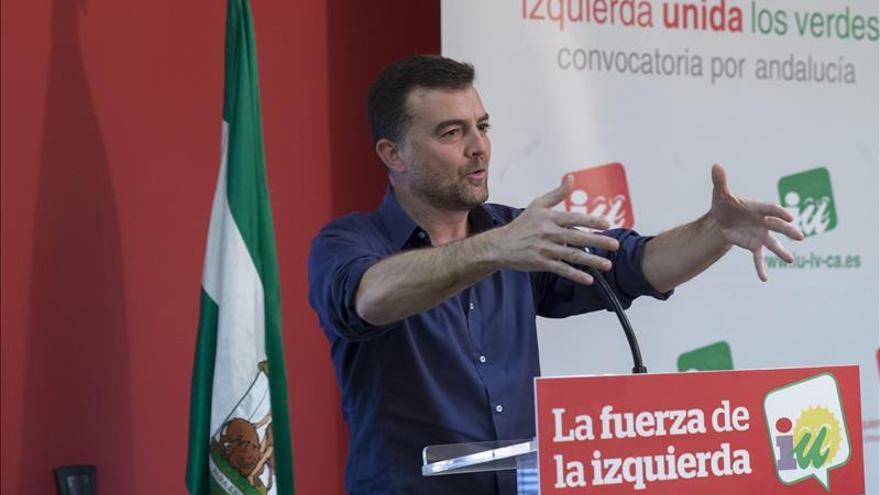 Maíllo cree que el PSOE cumple la hoja de ruta para una gran coalición con el PP