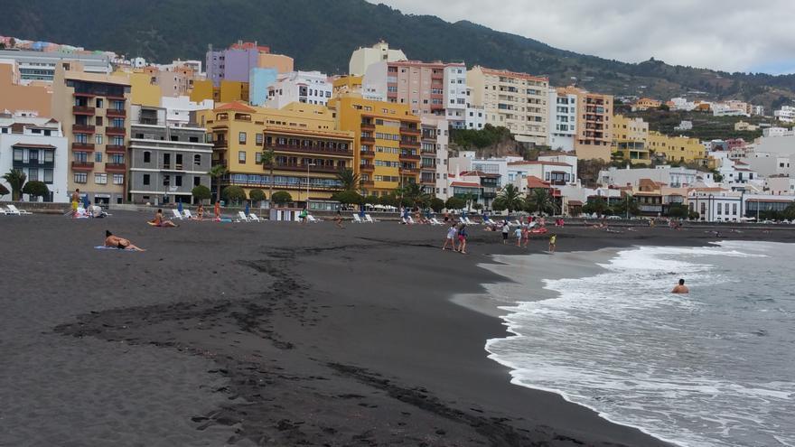 El frente marítimo de la capital contará con un nuevo hotel que está en construcción. Foto: LUZ RODRÍGUEZ.