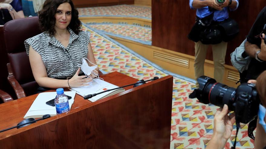 La presidenta de la Comunidad de Madrid, Isabel Díaz Ayuso a su llegada al pleno de la Asamblea de Madrid.