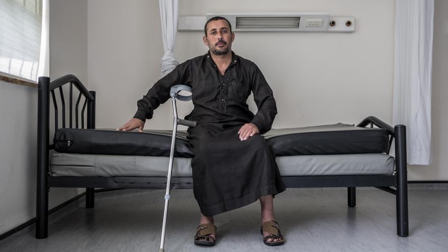 Mohamed llegó después de que la bala de un francotirador israelí atravesara su pierna.