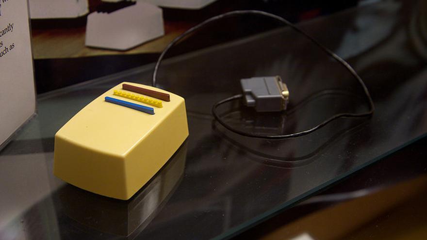 El primer modelo funcional de ratón para ordenador fue fabricado en Xerox