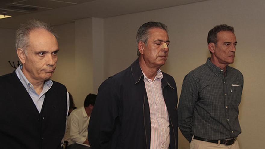 Vicente Bartolomé, José Francisco Reyes y Antonio Lorenzo.