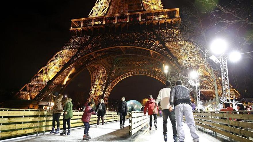 Francia activa un dispositivo de seguridad sin precedentes para la Nochevieja