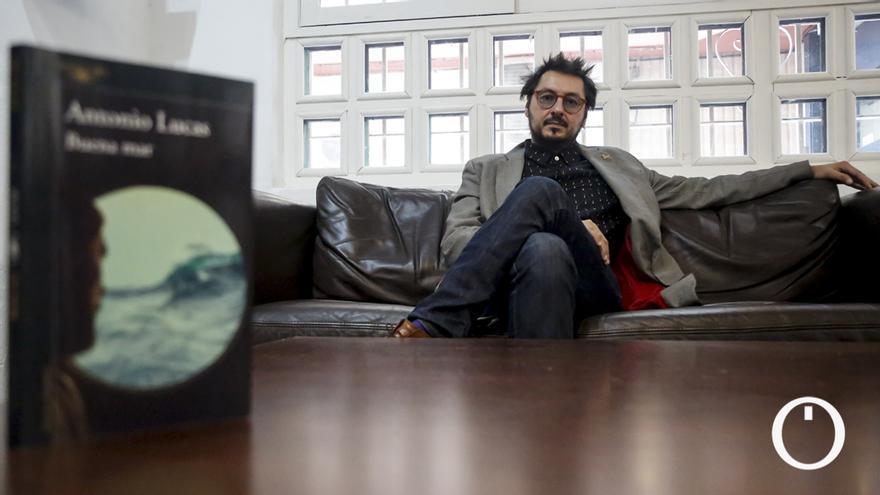 Entrevista a Antonio Lucas, autor de 'Buena Mar'